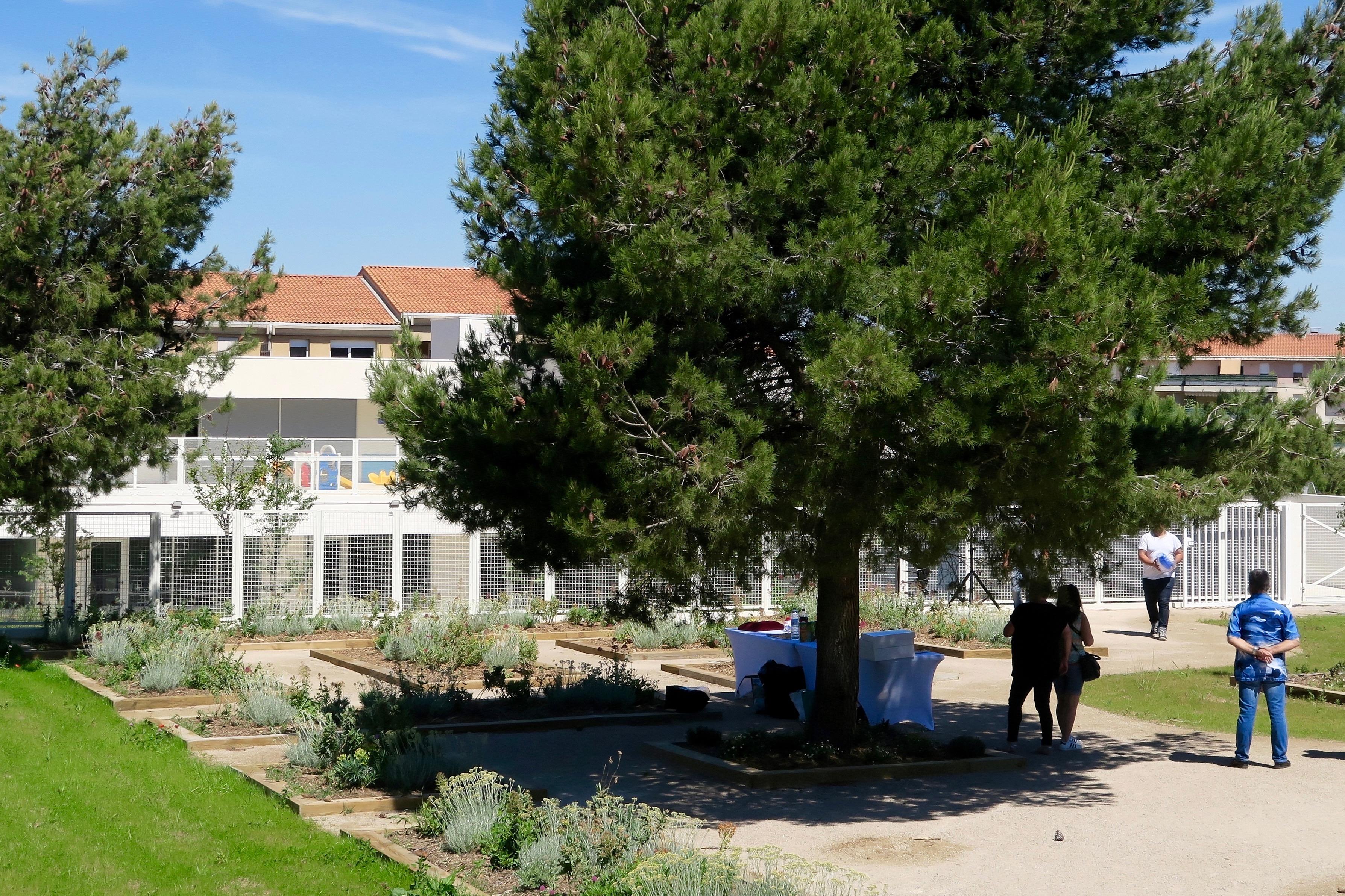 42 Jardin 2.jpg